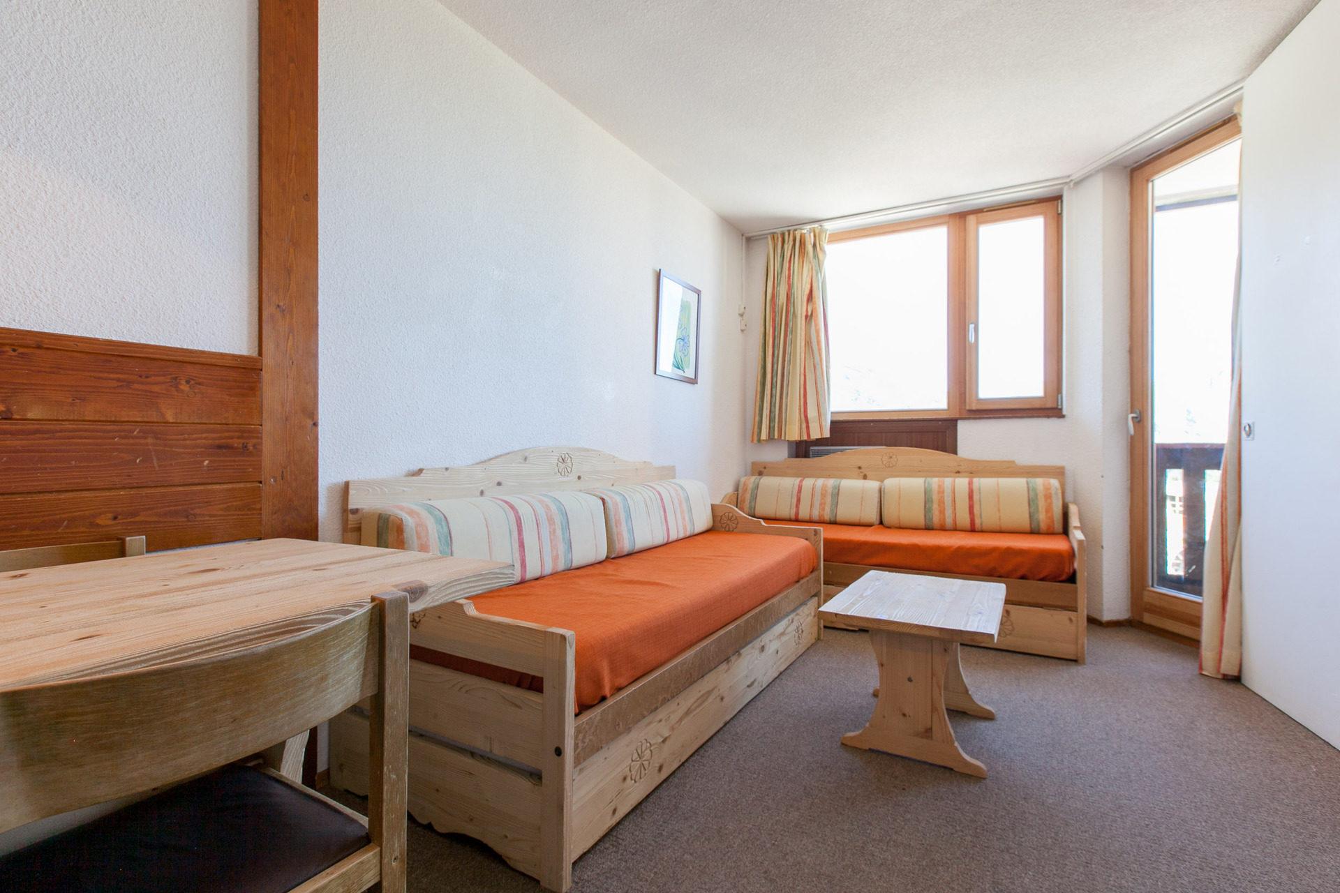 Rent a 2-rooms-(1-bedroom) at Avoriaz