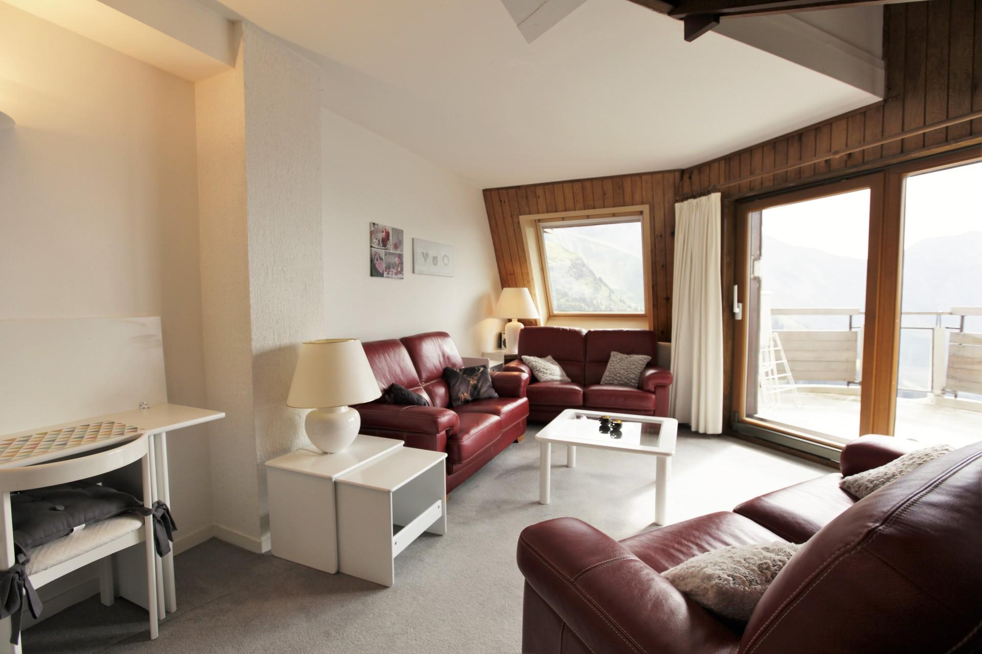 Rent a 4-rooms-(3-bedrooms) at Avoriaz
